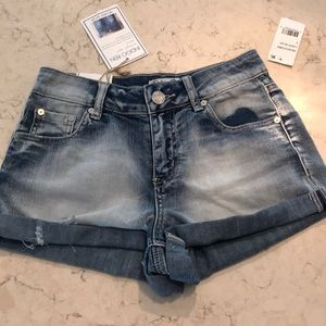 New Indigo Rein jean shorts distressed size 3